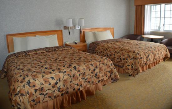 Castle Inn - Two Queen Bed